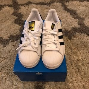 Adidas women superstar - brand new size 5